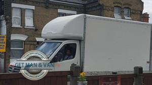 Aldgate-moving-truck